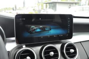 3 Requirements for Automotive LCD Screen Selection